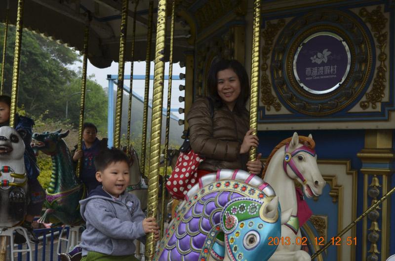 我也會騎馬~~~~